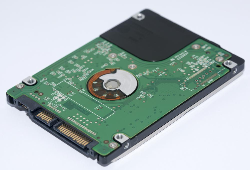 The long-term memory capacity of a computer is referred to as a hard drive.