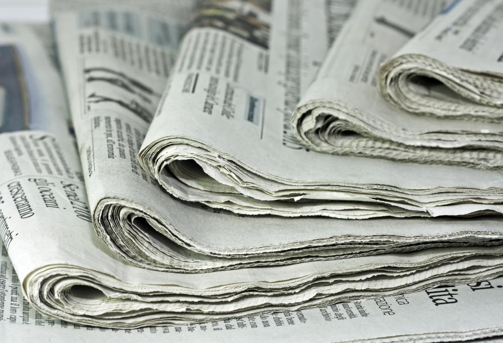 Interntainment websites have caused a drop in newspaper sales.